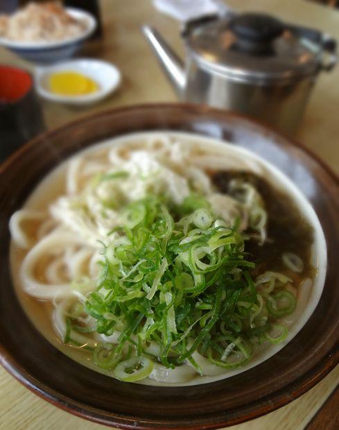 『牧のうどん 空港店』おぼろこんぶ(アップ)