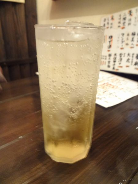 『酒飯処 はぬけ』梅酒ソーダ(700円)