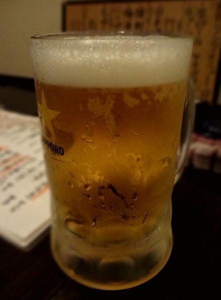 『酒飯処 はぬけ』生ビール(450円)