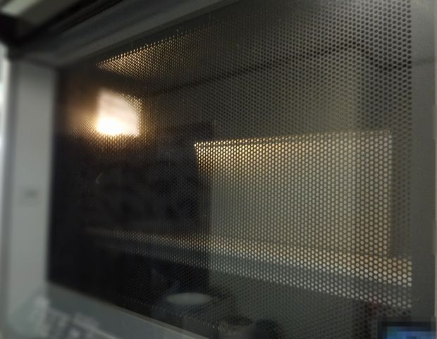 食パン作り(オーブンレンジで焼いている生地)