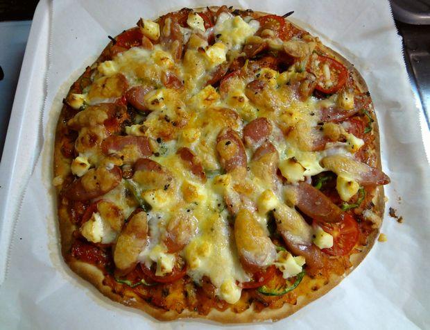 手作りピザ・7(二枚目を焼いた図)