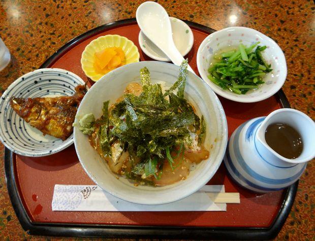 『居酒屋 風味処 味工房』鯛茶漬け定食(787円)