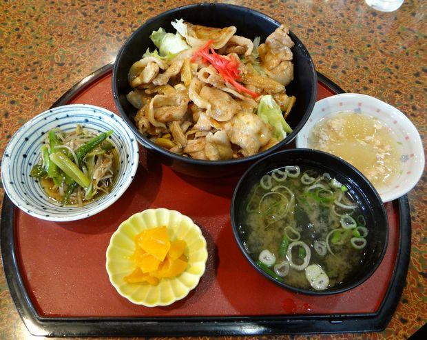 『居酒屋 風味処 味工房』豚スタミナ丼(?)定食(787円)