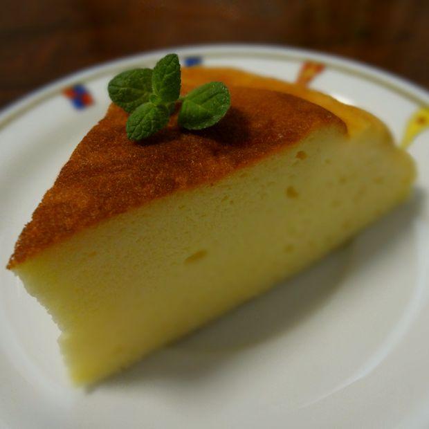 炊飯器 de チーズケーキ(カットしたチーズケーキ・アップ)