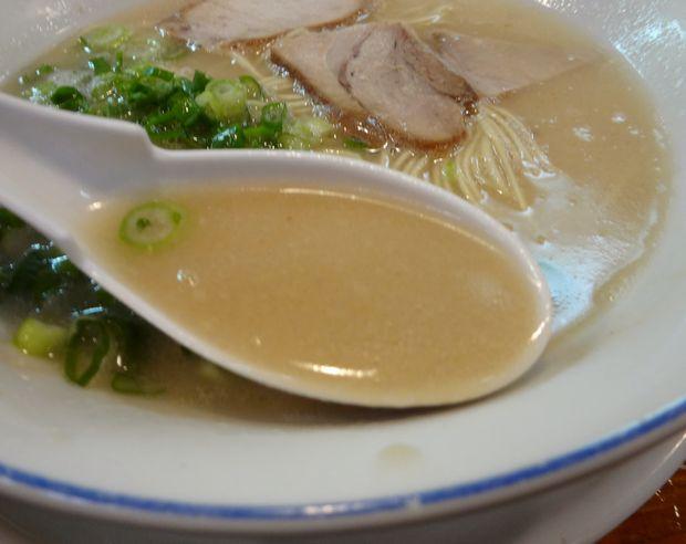 『長浜屋台 一心亭 本店』ラーメン(スープ)