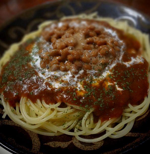 【自炊】ミートソースの納豆かけ(アップ)