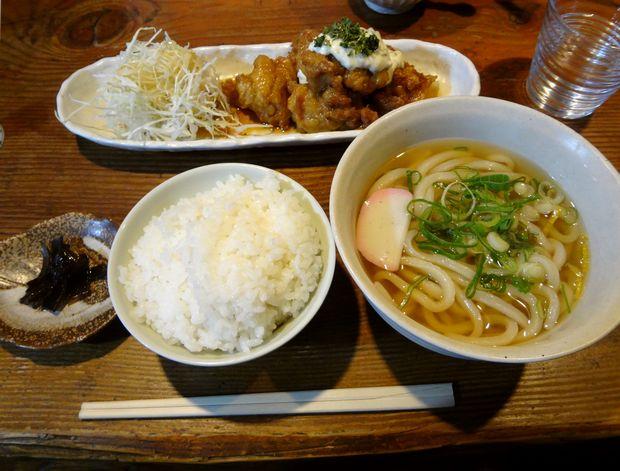 『うどん屋 米ちゃん』チキン南蛮とうどんのセットB(680円)