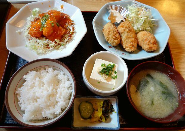 『十八番 おふくろ食堂』選べる定食(海老チリソース・カキフライ)(850円)