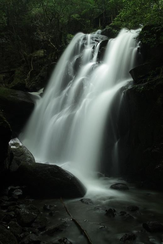 鶏鳴の滝、10