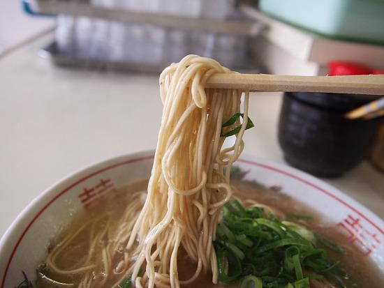 s-八ちゃん麺PB184319