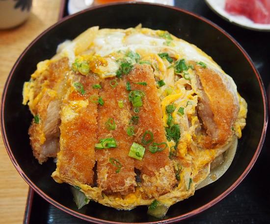 s-満寿美丼PB224387