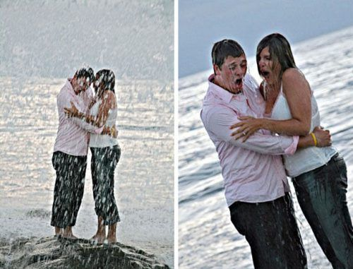 funny-awkward-engagement-photos-23.jpg