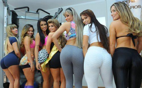 i-love-yoga-pants-1.jpg