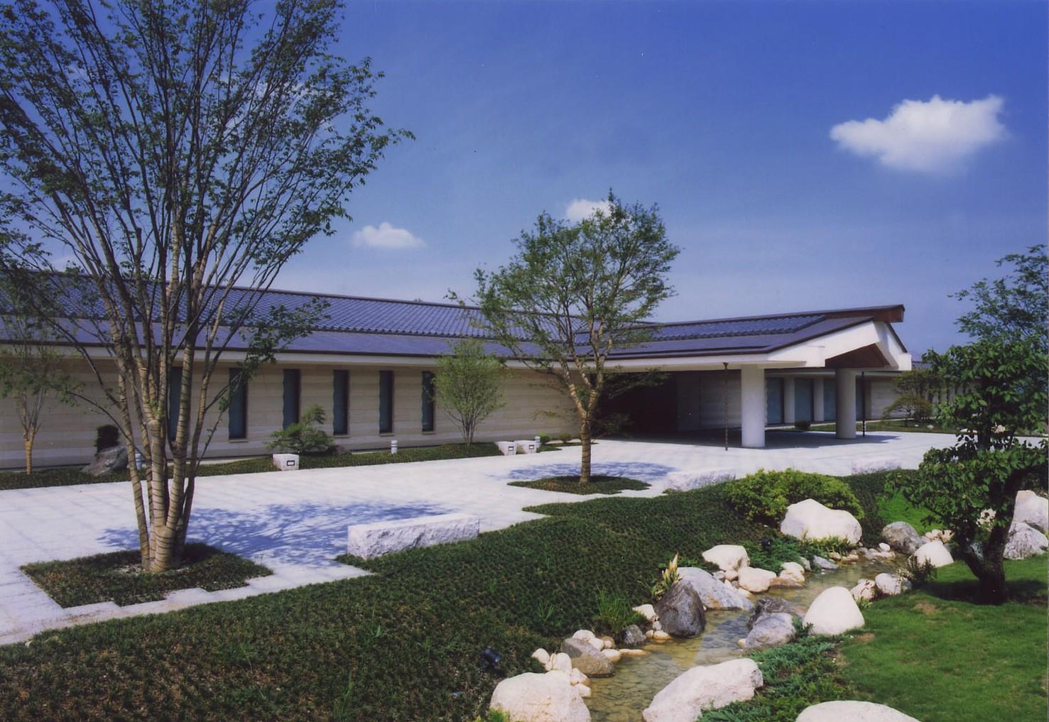 万葉文化館(外観)