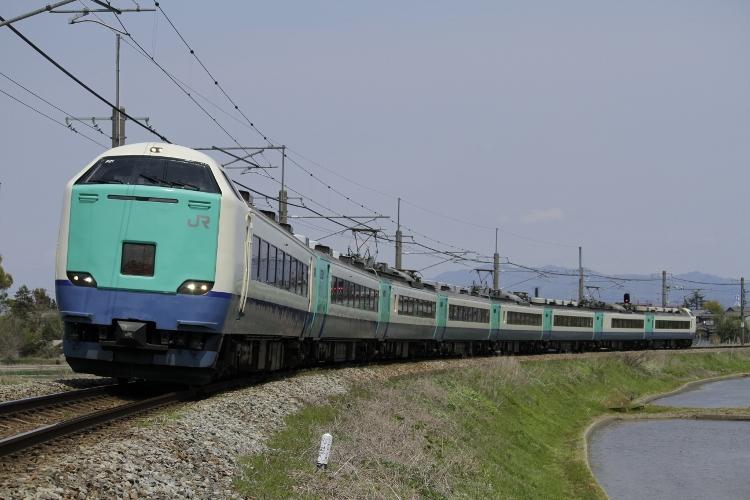 Nigata485 167 (750x500)