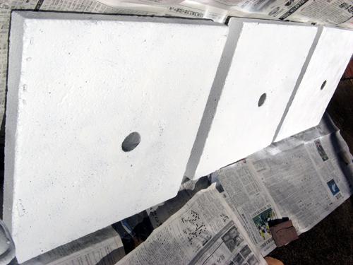塗装後の台座表面