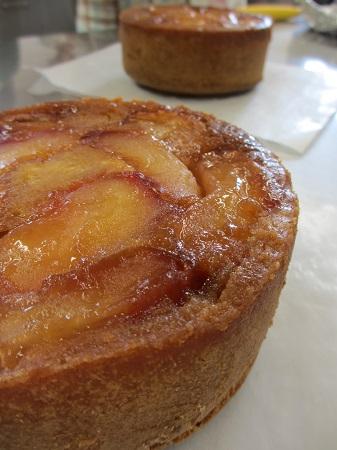 カラメルりんごのケーキ