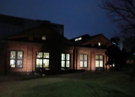 夜の図書館1