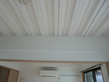 天井の溝1