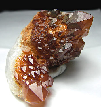 No.653 Red Quartz