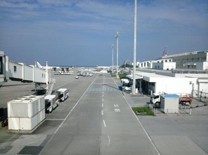 那覇空港 (2)