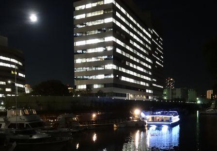 築地川の船
