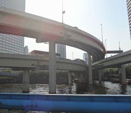 首都高、浜崎橋付近
