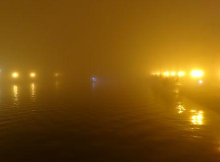 釧路川河口。岸壁
