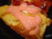 ベリーベリーパンケーキにシロップ