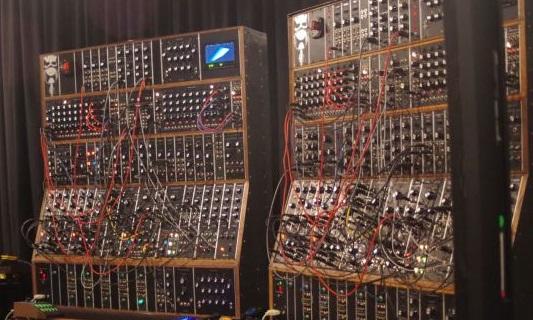 keith-emerson-modular-synthesizert02.jpg