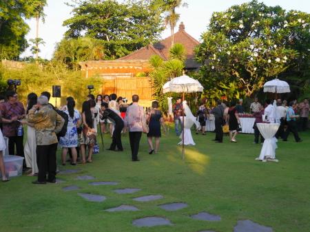 結婚式招待客