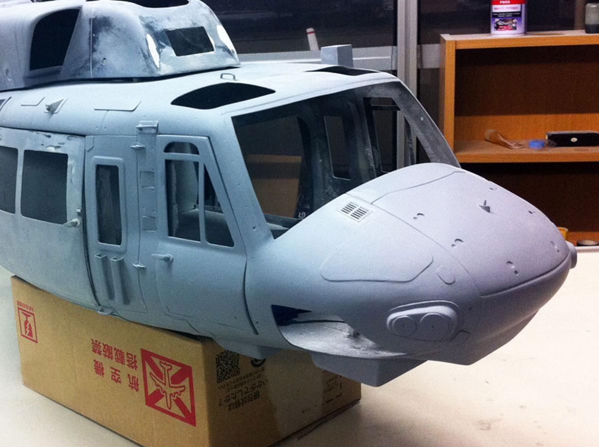 UH-1N-写真-2013-06-10-0-23-08