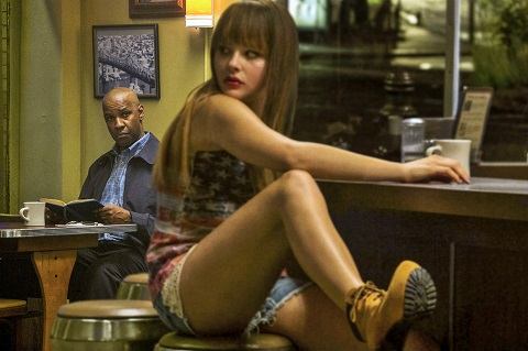 The-Equalizer-26-Denzel-Washington-and-Chloë-Grace-Moretz