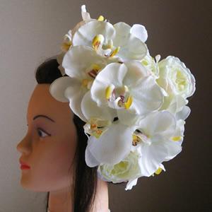 2種類の胡蝶蘭とローズのウエディング髪飾り