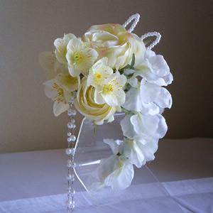 ローズとオーガンジーデスフィニュームの結婚式コサージュ