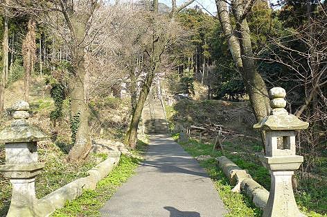依岳神社へ♪