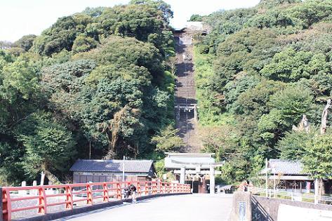 須賀神社の階段♪