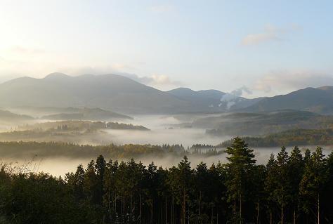 九重の朝霧♪