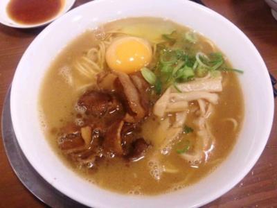 ラーメン東大尼崎店ラーメン600円