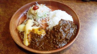 びっくりドンキー高井田店チーズカリーバーグディッシュ150g858円