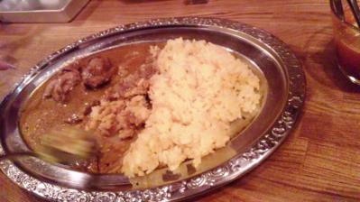 カルータラ20120529日替わりチキンと豆カレー