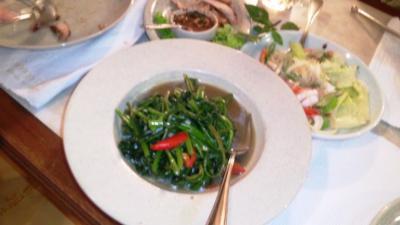 タイ20120704マンゴツリー空心菜炒め