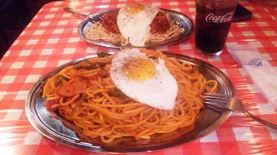 スパゲッティーのナポリナポリタン並600g650円目玉焼き+50円
