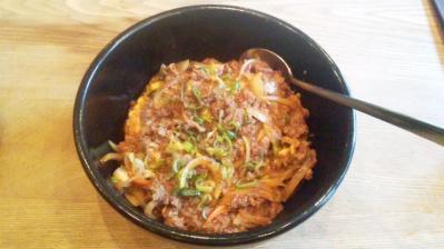 韓国料理セント牛プルコギどんぶり850円