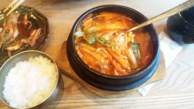 韓国料理セントキムチチゲ900円