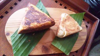 ラッキーガーデン羊エリアカレーパン400円(左)ゴダンバロティ300円(右)