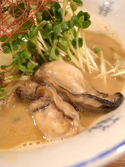 131229佐市-牡蠣拉麺・牡蠣
