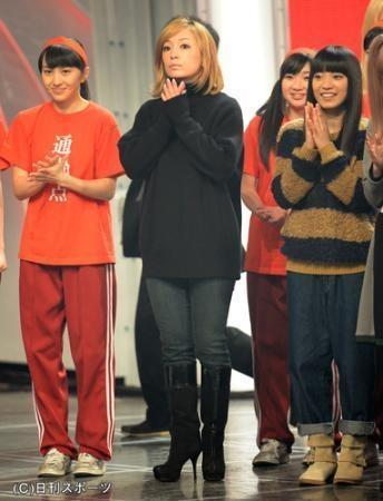 NHK紅白歌合戦リハーサルの浜崎あゆみ、百田夏菜子