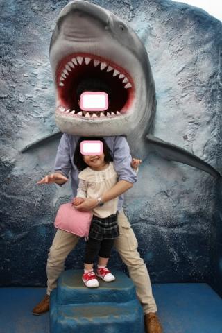 サメに食べられちゃうパパ