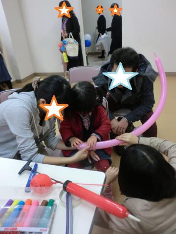 学祭 バルーンアート挑戦中